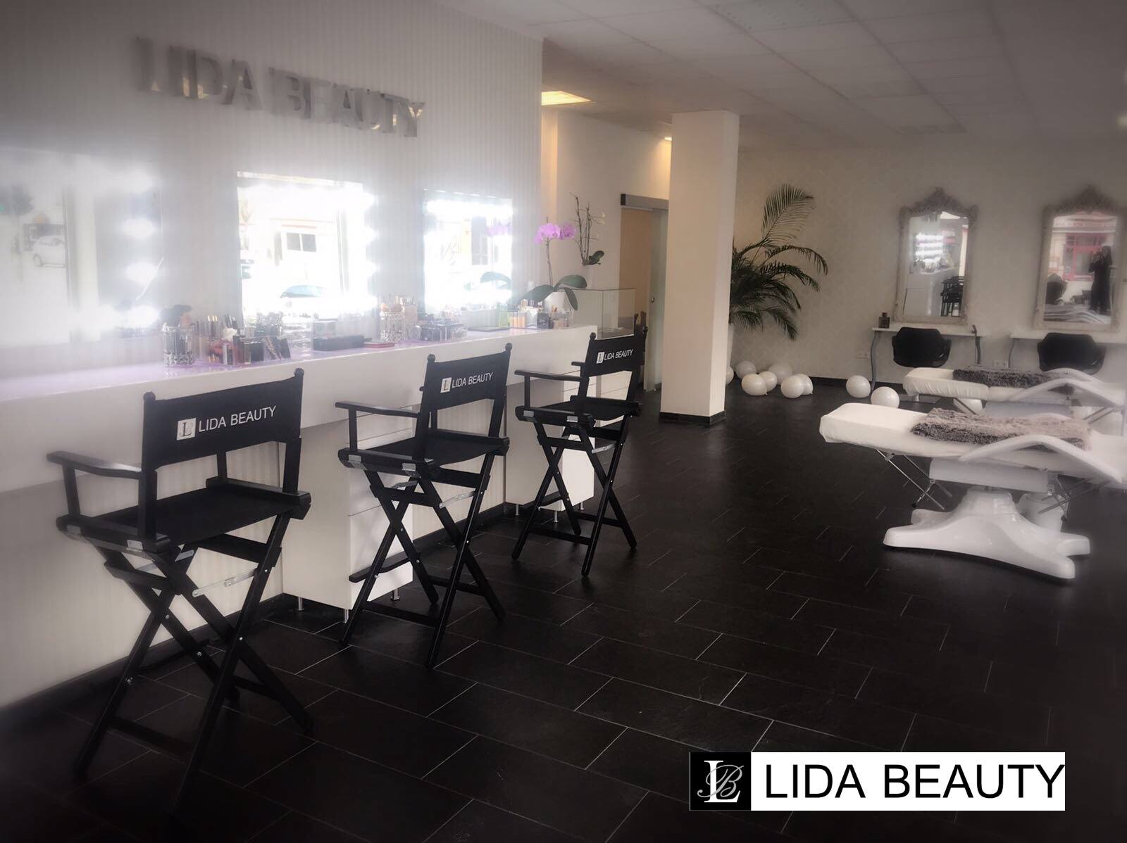 LB Lida Beauty - Make Up Bereich